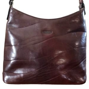 Oroton Distressed Leather Shoulder Bag in Oxblood